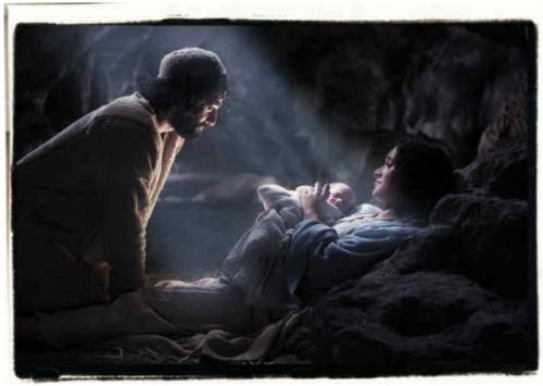joseph-baby-jesus-mary-in-a-manger1